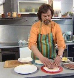 Мужская еда. Шницель по-венски с картофельным салатом. Сезон №1. Выпуск №1 (2010) SATRip